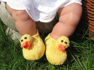 Baby_rubber_duck_shoes2_small2