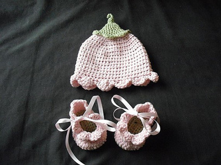 Flower_hat_shoes_small2
