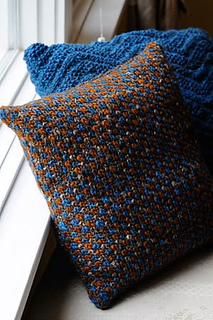 Tweed-pillow2_small2