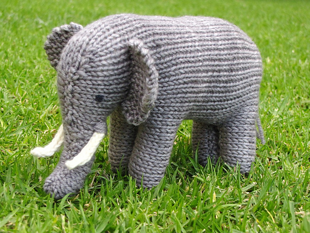 Ravelry Knitted Animals From Africa Patterns