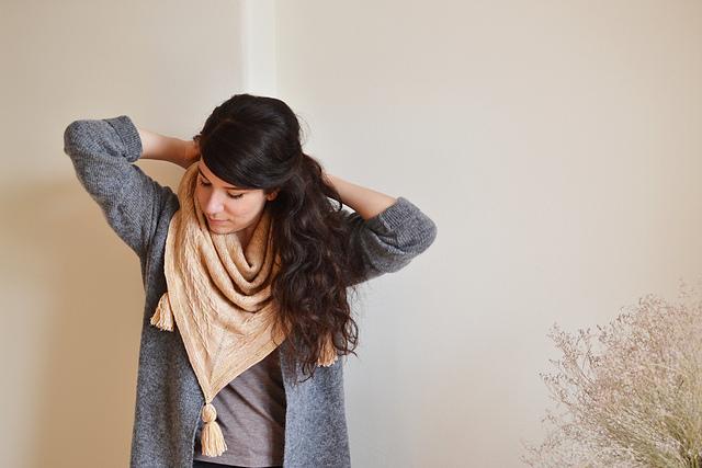 Châle tricoté avec mailles glissées Lucky charm par mandarine's