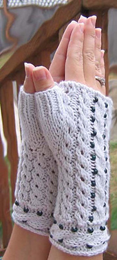 Cablebeadgloves1_small_best_fit