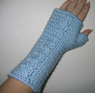 Crochetgauntlets_small2