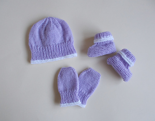 Ravelry Marianna S Little Baby Hat Mittens Amp Bootees Set
