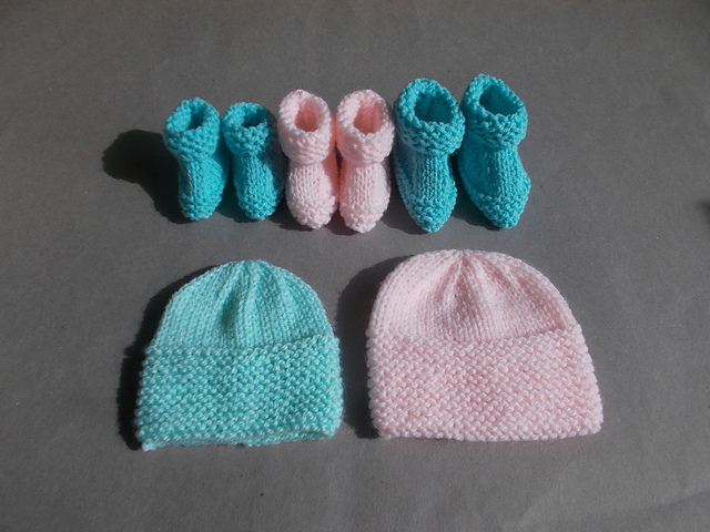 Ravelry Little Babbity Preemie Baby Hats Booties Pattern By