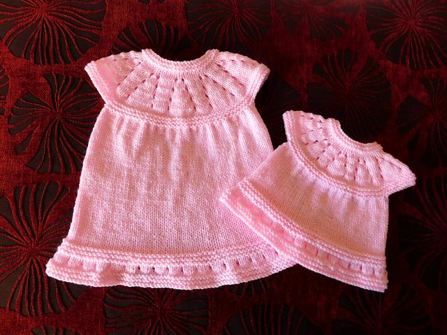 Ravelry Lazy Daisy All In One Baby Dress Pattern By Marianna Mel