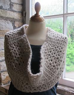 Kfp_crochet_cowl_1_small2