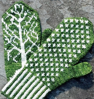 1_green_palm___back_square_small_small2