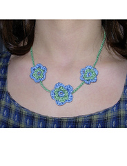 Flower_necklace2_small