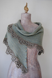 Sedna_s_shawl_i_small_best_fit