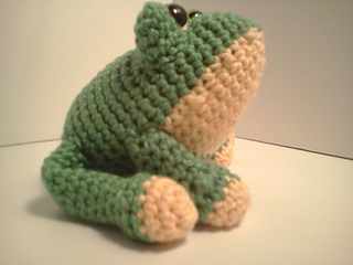 Ravelry: Carter Frog Amigurumi Stuffed Softie pattern by ...