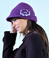 W331_220feltedhat_small_best_fit