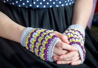 Crochet-2-neon_small2