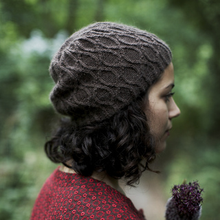 Oak_knot_hat