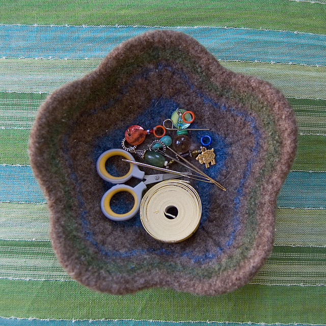 Ravelry Felted Flower Bowl Pattern By Meg Kealey Myers