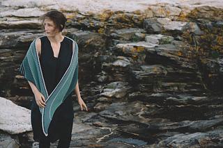 -quince-co-january-skies-melanie-berg-knitting-pattern-chickadee-5_small2
