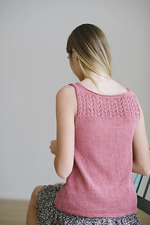 Quince-co-pippa-melissa-labarre-knitting-pattern-sparrow-4_small2
