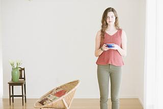 Quince-co-tamsin-dawn-catanzaro-knitting-pattern-kestrel-5_small2