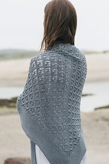 Quince-co-capella-isabell-kraemer-knitting-pattern-tern-2_small2
