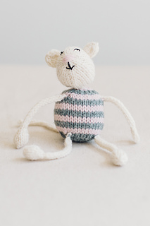 Quince-co-string-along-toys-susan-anderson-knitting-pattern-lark-9_small2