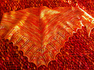 Sunshine_shawl_3_small2