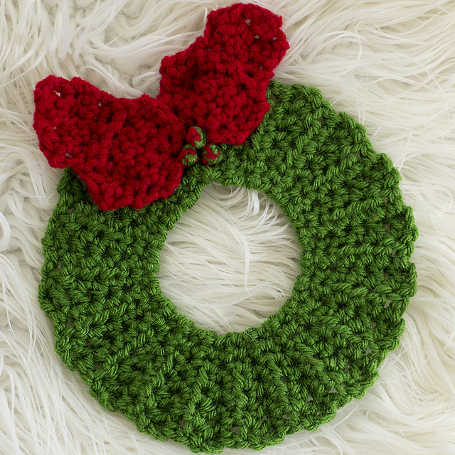 Ravelry Christmas Wreath Hot Pad Crochet Version Pattern By