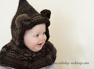 Cabled_bear_hooded_cowl_knit_2_small2