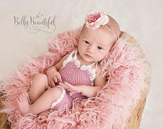 Vintage_baby_romper_crochet_pattern_small2