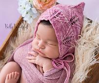 Lacy_leaf_bonnet_knitting_pattern_2_small_best_fit
