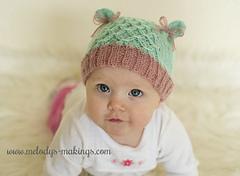 Smock_stitch_kitty_hat_knitting_patern_small