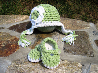 Baby_hats_186_small2