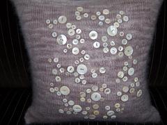 Mohair_button_pillow_01_small