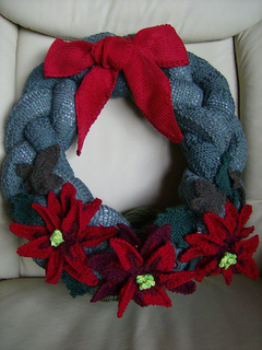 Wreath_poins_small2