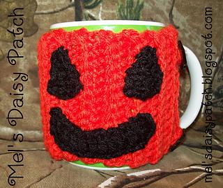 Jack_pumpkin_mug_hug_4_small2