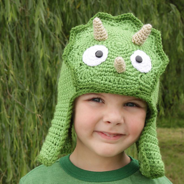 Ravelry  Worsted Weight Triceratops Hat pattern by Micah York 463733722ed