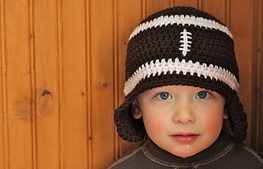 Football_hat_small_best_fit