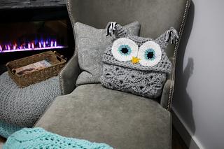Hooded_owl_blanket_8_small2