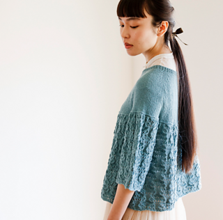 Round-yoke Linen Sweater pattern by michiyo