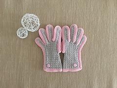 Gloves_kids_lightgray_pink_beads1_small