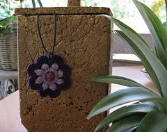 Crochet_pendant_011__small_small