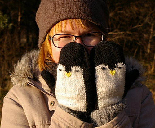 Ravelry Penguin Mittens Pattern By Fragmented Knits
