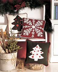 Ctnd08xmaspilows_2001_small