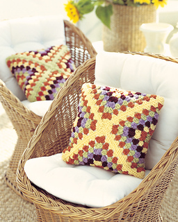 Ctmj09grannypillow1_small2