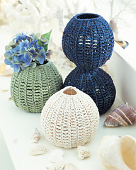 Ctmj09vases_2001_small