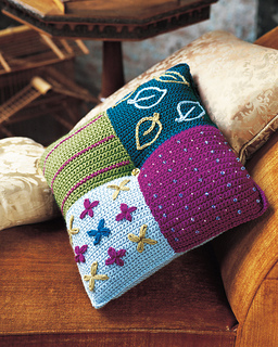 Ctma09pillow_2001_small2