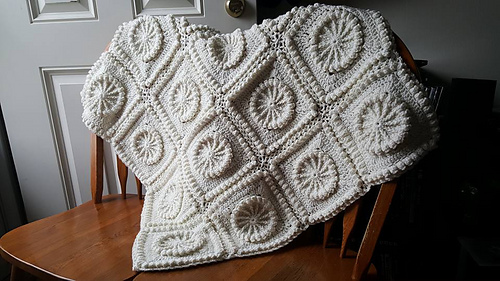 Matelasse_afghan7_medium