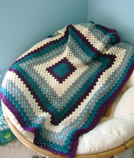 Granny_square_afghan_small2