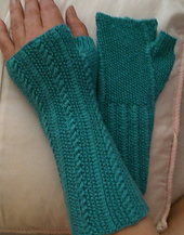 Kallai_mitts_blue_small_best_fit
