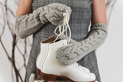Queen-of-the-ice-mittens-small-145_small_best_fit