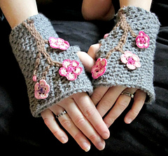 Ccb_mitts-laura_f-pt_adult_small